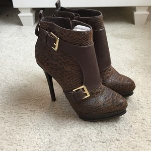 Michael Kors distressed python booties size 9.5